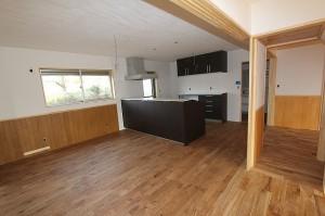 キッチン。とにかく広い。