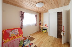 もちろん二階の子供室も暖かいはずです。